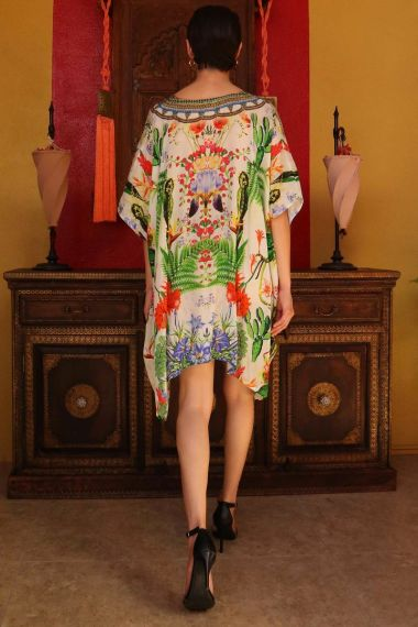 Short-printed-caftan-dress-in-floral-print